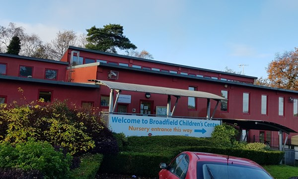 Front of Broadfield Children and Family Centre