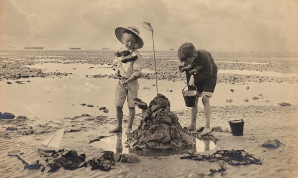 West Sussex seaside holidays in the past ...find out more